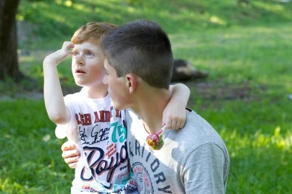 Ukraine EMAYC personnes handicapées frères et soeurs